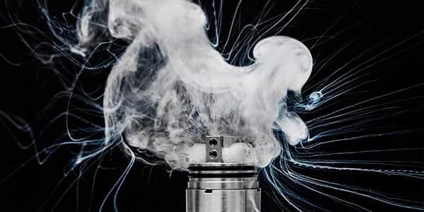 Почему электронная сигарета купить плюется купить эл сигареты в екатеринбурге